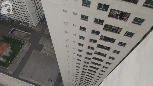 Vụ thai nhi rơi từ tầng 31 chung cư HH Linh Đàm: Đôi nam nữ có biểu hiện buồn trước đó một ngày - Ảnh 2