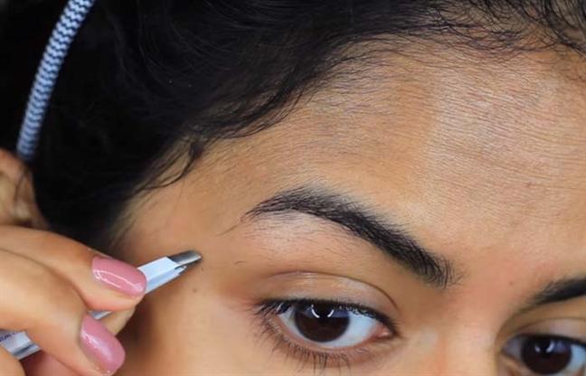 Hướng dẫn cách nhổ lông mày đẹp và không đau - Ảnh 7