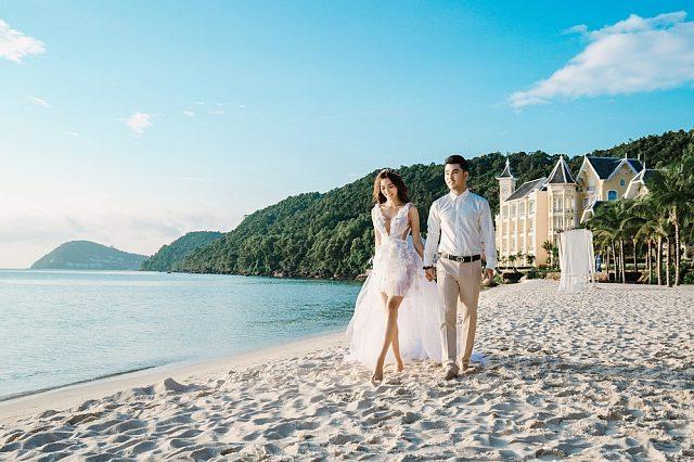 'Tan chảy' với bộ ảnh cưới đẹp như tranh vẽ của Ưng Hoàng Phúc và bà xã Kim Cương - Ảnh 5