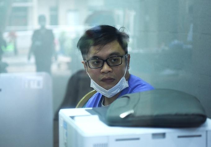 Bác sĩ cấp cứu ở viện Bạch Mai: 'Thời gian một giây cũng là vàng' - Ảnh 6