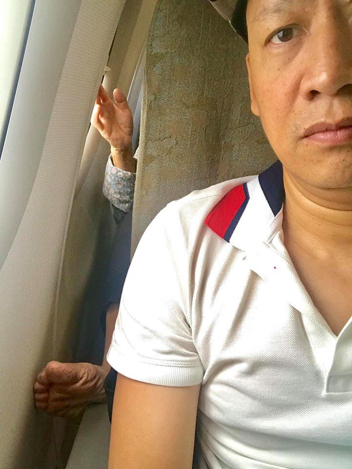 Bị chỉ trích khi chê bai người khác đi máy bay mà chân bẩn, Duy Mạnh lên tiếng giải thích cực 'bá đạo' - Ảnh 1