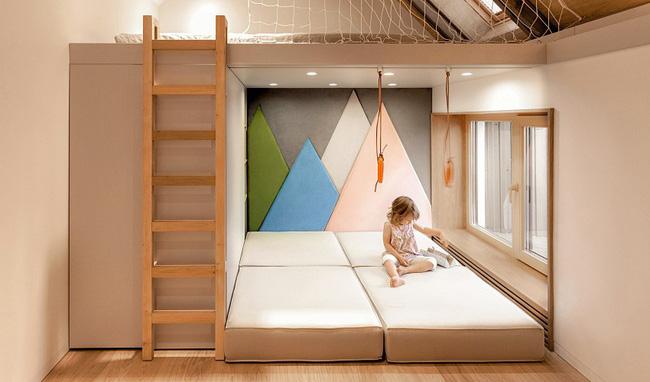 Căn hộ nhỏ này được nhiều người thích thú nhờ kết hợp không gian sống với nơi vui chơi cho con - Ảnh 5