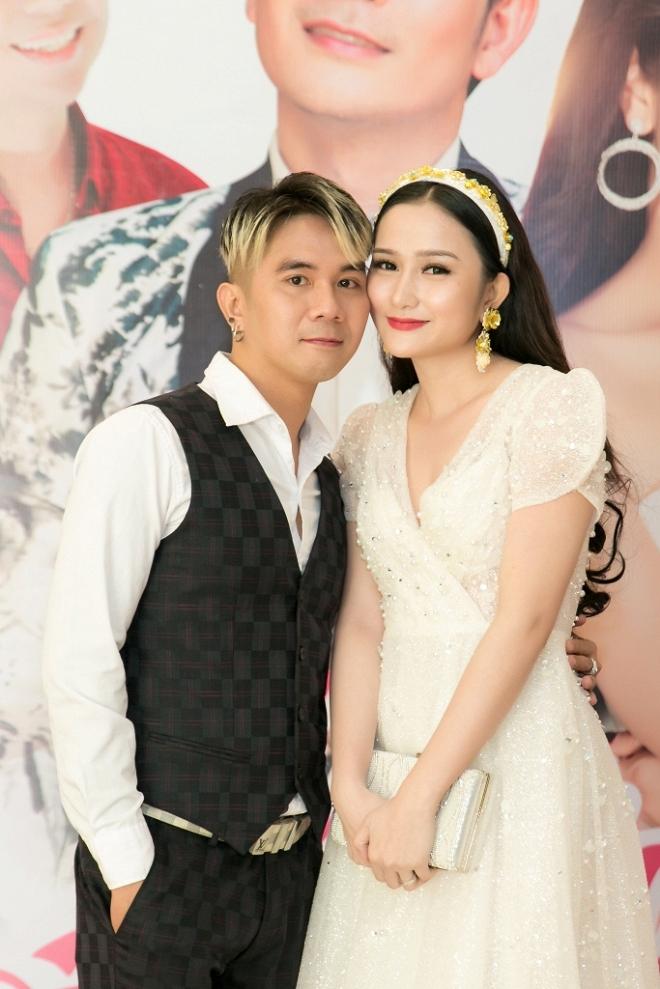 Vợ bị động thai khi Khánh Đơn dính thị phi liên quan đến tình cũ Lương Bích Hữu - Ảnh 2