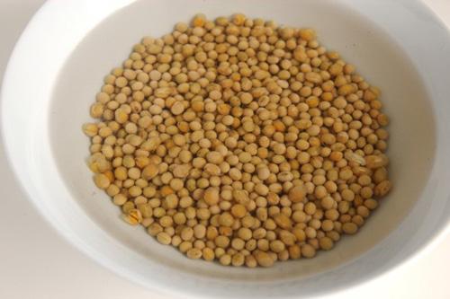 Cách làm mầm đậu nành cực đơn giản tại nhà, chỉ sau 3 ngày là đã có ăn - Ảnh 2