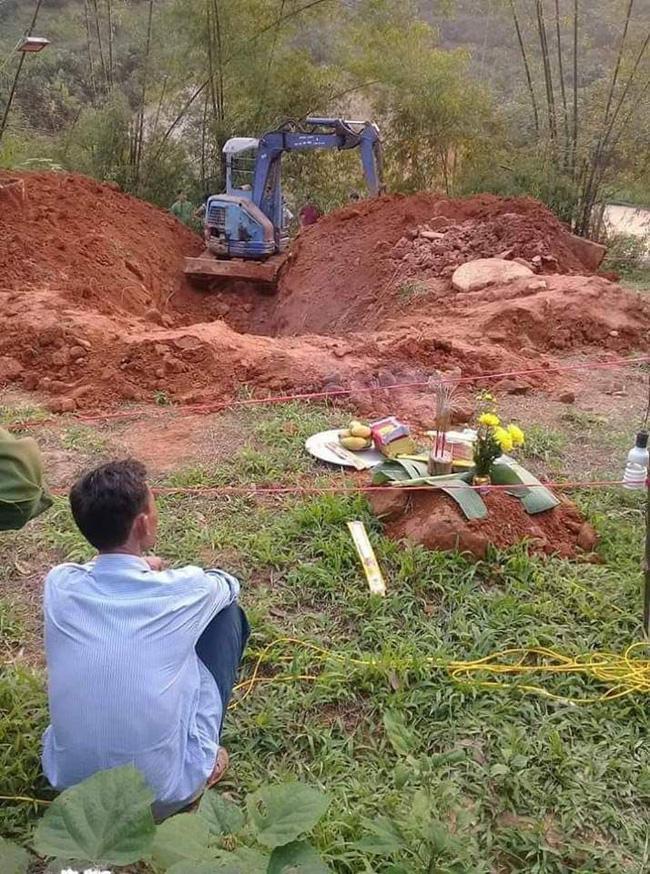 Mẹ bàng hoàng phát hiện xác con gái dưới giếng hoang sau 2 tháng mất tích - Ảnh 1