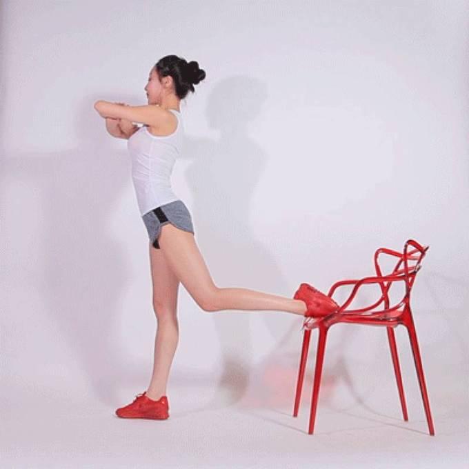 8 động tác với ghế cho đôi chân thon gọn - Ảnh 5