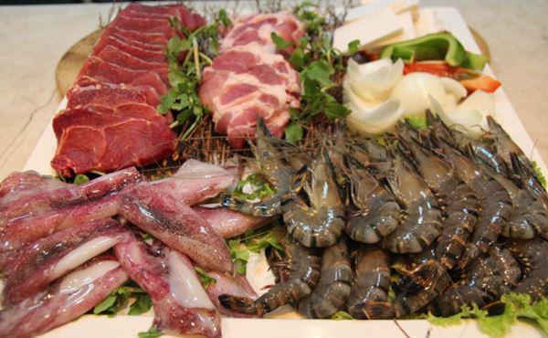 Cách nấu lẩu hải sản ngon, đơn giản - Ảnh 1