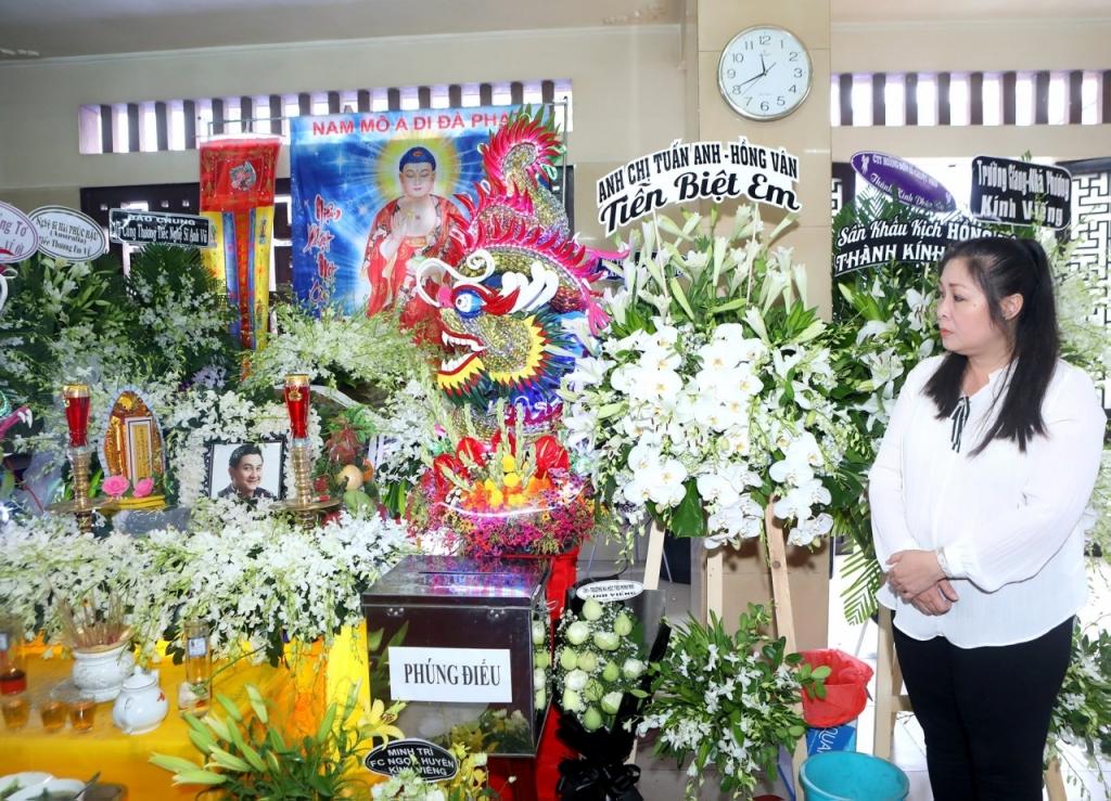 Sau 3 tuần Anh Vũ mất, Hồng Vân nghẹn ngào tiết lộ chuyện đàn em báo mộng cho nhiều người - Ảnh 3
