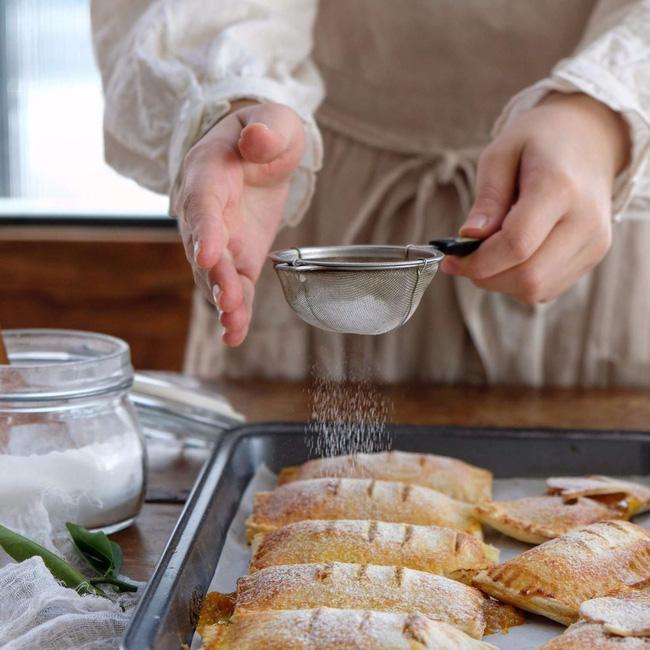 Làm bánh ngon đẹp như khách sạn 5* chỉ trong 15 phút cho bé ăn vặt cuối tuần - Ảnh 7