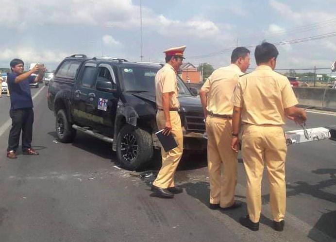 Vợ tài xế côn đồ ép ngã đại uý CSGT chết thảm: 'Chồng tôi bị tâm thần nặng, lái trộm xe' - Ảnh 2