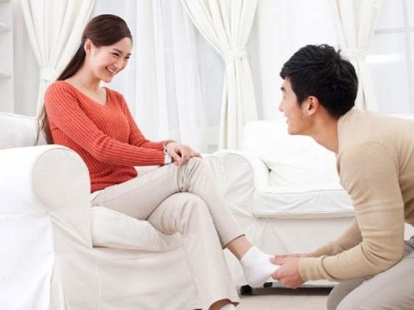 Khi vợ mang thai, 1 người chồng tồi tệ thường hành xử thế này - Ảnh 2