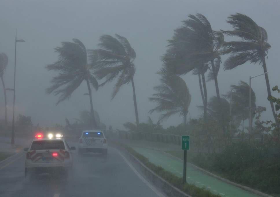 Bão số 3 đã vào bờ, ghi nhớ ngay những nguyên tắc này để giữ an toàn cho sức khỏe trong mùa bão - Ảnh 1
