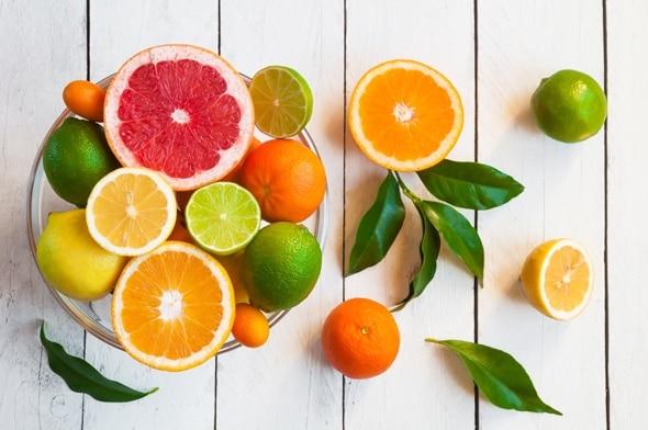 Đây chính là những thói quen ăn uống giúp ngăn ngừa lão hóa da, giảm hẳn nếp nhăn - Ảnh 3