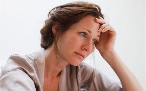 Mãn kinh ở phụ nữ và những vấn đề thường gặp phải - Ảnh 1