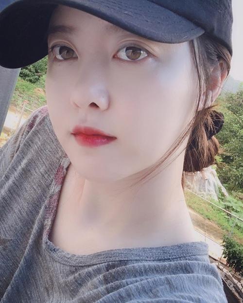 """Bí quyết để """"Cỏ"""" Goo Hye Sun da mềm mịn như gái đôi mươi - Ảnh 1"""
