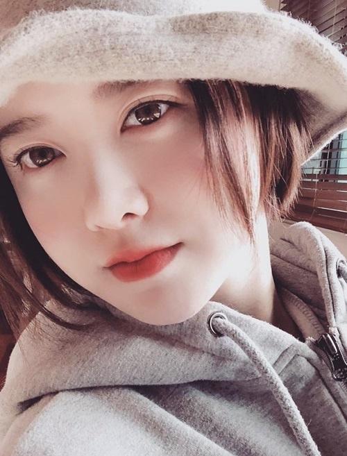"""Bí quyết để """"Cỏ"""" Goo Hye Sun da mềm mịn như gái đôi mươi - Ảnh 3"""