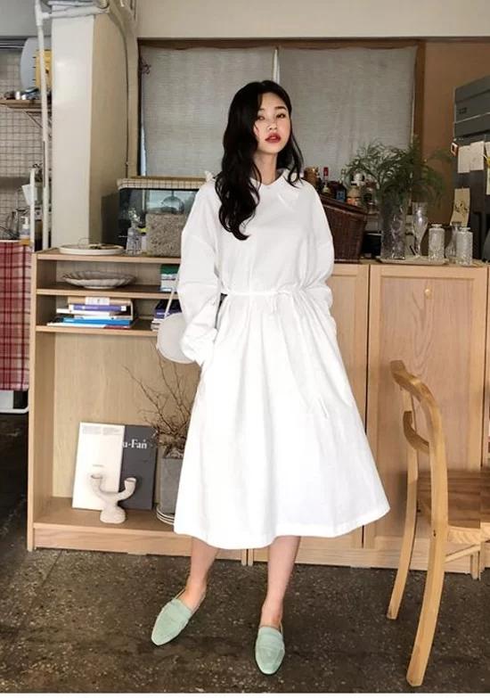 Các mẫu váy dáng dài cho nàng đón thu - Ảnh 8