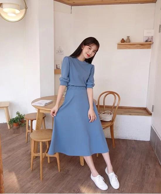 Các mẫu váy dáng dài cho nàng đón thu - Ảnh 10