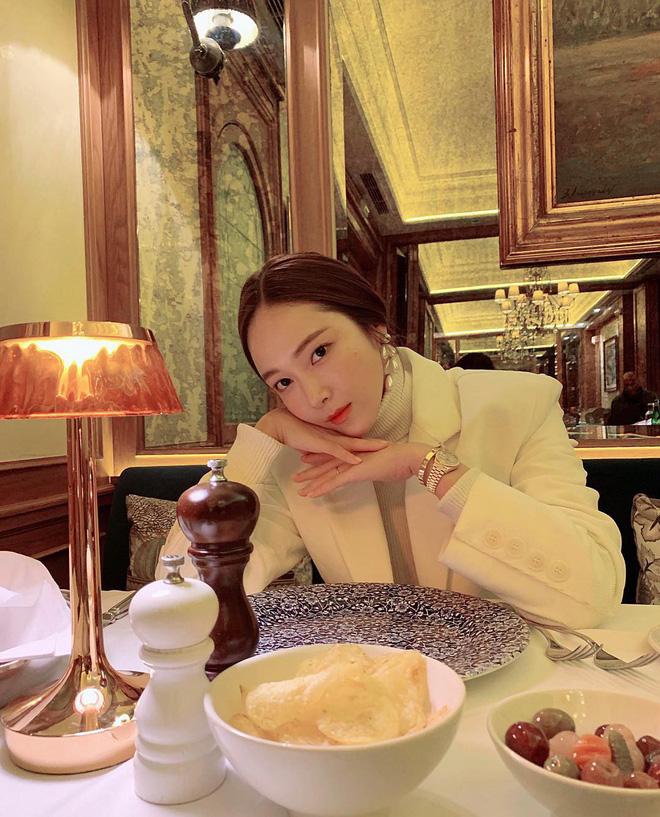 Đã 30 tuổi nhưng Jessica Jung vẫn trẻ trung mơn mởn với body chuẩn chỉnh, bí quyết là gì? - Ảnh 4