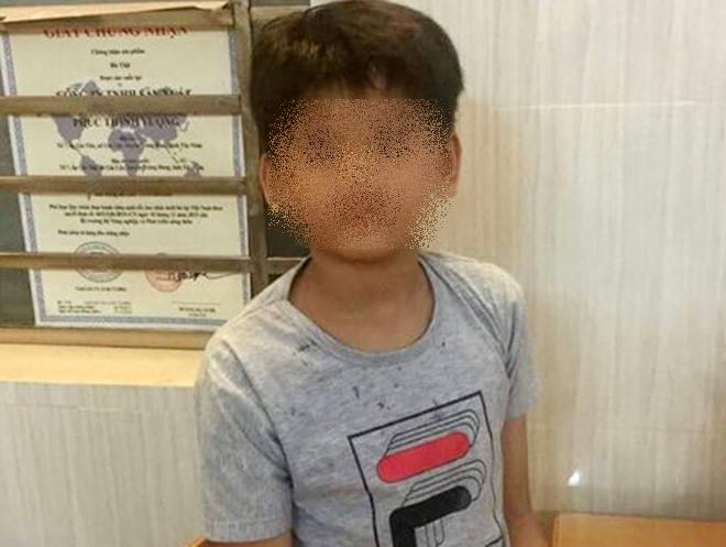 Bé trai 10 tuổi mất tích bí ẩn ở Phú Quốc: Phát hiện thi thể nằm dưới suối - Ảnh 1