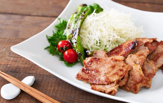 Người Nhật có cách làm món thịt chiên gừng chế biến siêu nhanh mà ăn cực ngon - Ảnh 5