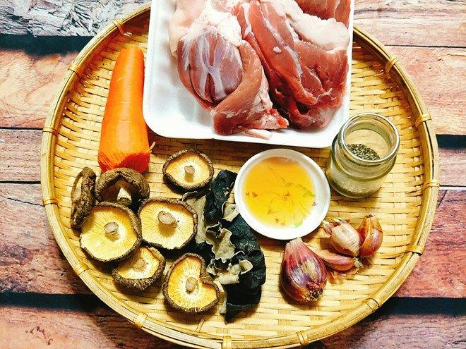 2 cách nấu thịt đông ngon chuẩn vị lại tốt cho sức khỏe - Ảnh 1
