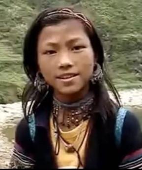 Hậu ly hôn, cô gái H'Mông nói tiếng Anh như gió tiết lộ về mối 'lương duyên' với Công Phượng - Ảnh 4