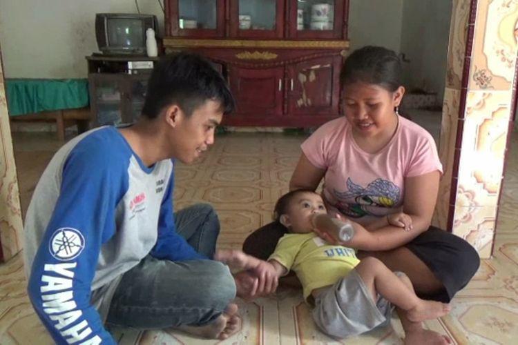 Mẹ cho con 6 tháng uống cà phê thay sữa, tình trạng hiện tại của bé thật khó nói - Ảnh 1