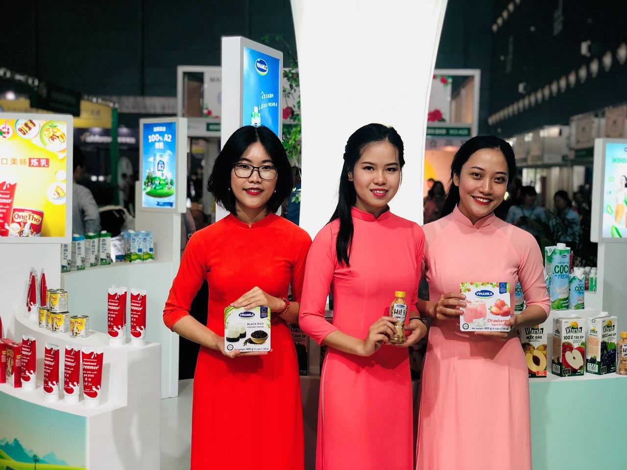 Người tiêu dùng Trung Quốc hào hứng đón nhận sản phẩm Vinamilk sau khi nghị định thư được thông qua - Ảnh 2