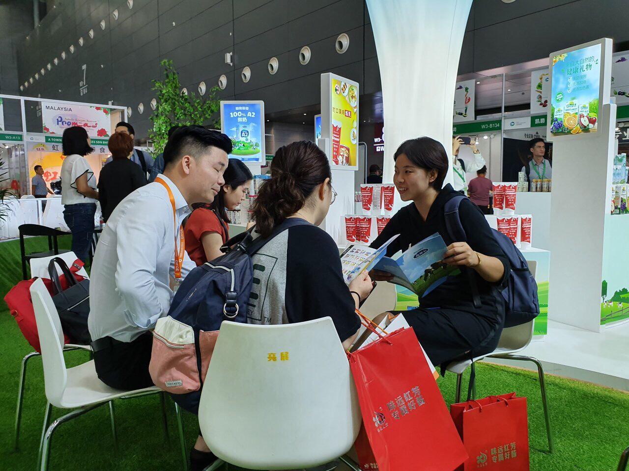 Người tiêu dùng Trung Quốc hào hứng đón nhận sản phẩm Vinamilk sau khi nghị định thư được thông qua - Ảnh 4