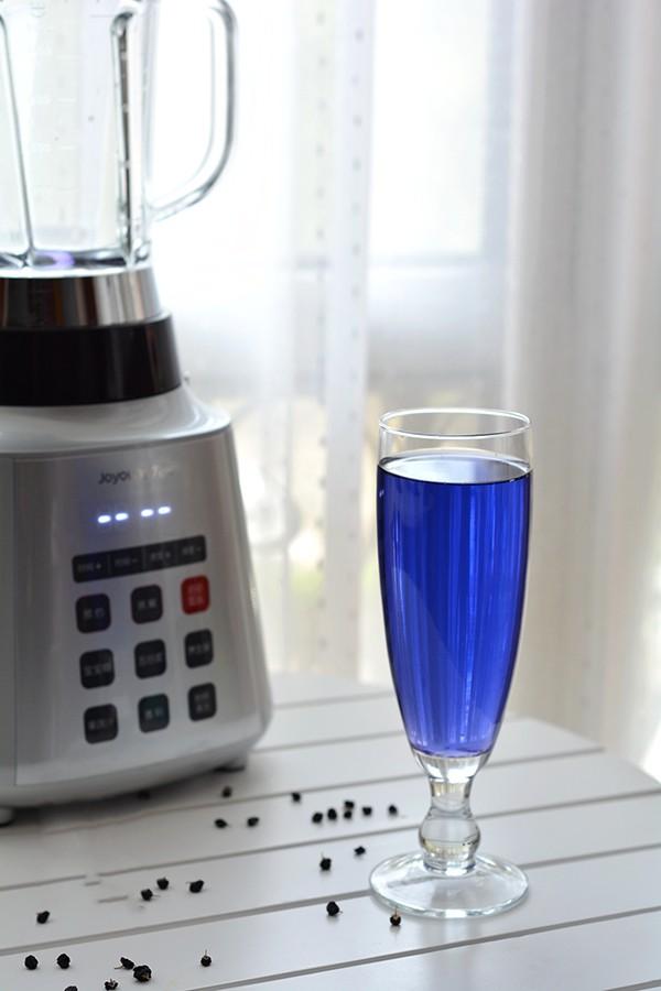 Tự làm và uống một cốc nước màu xanh này mỗi ngày, da bạn sẽ trở nên trắng hồng rạng rỡ - Ảnh 3