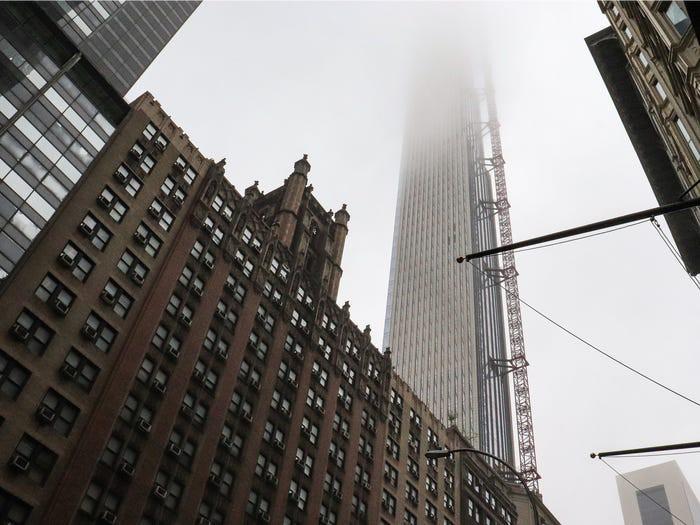 Bên trong cao ốc 435 m mỏng nhất thế giới - Ảnh 2