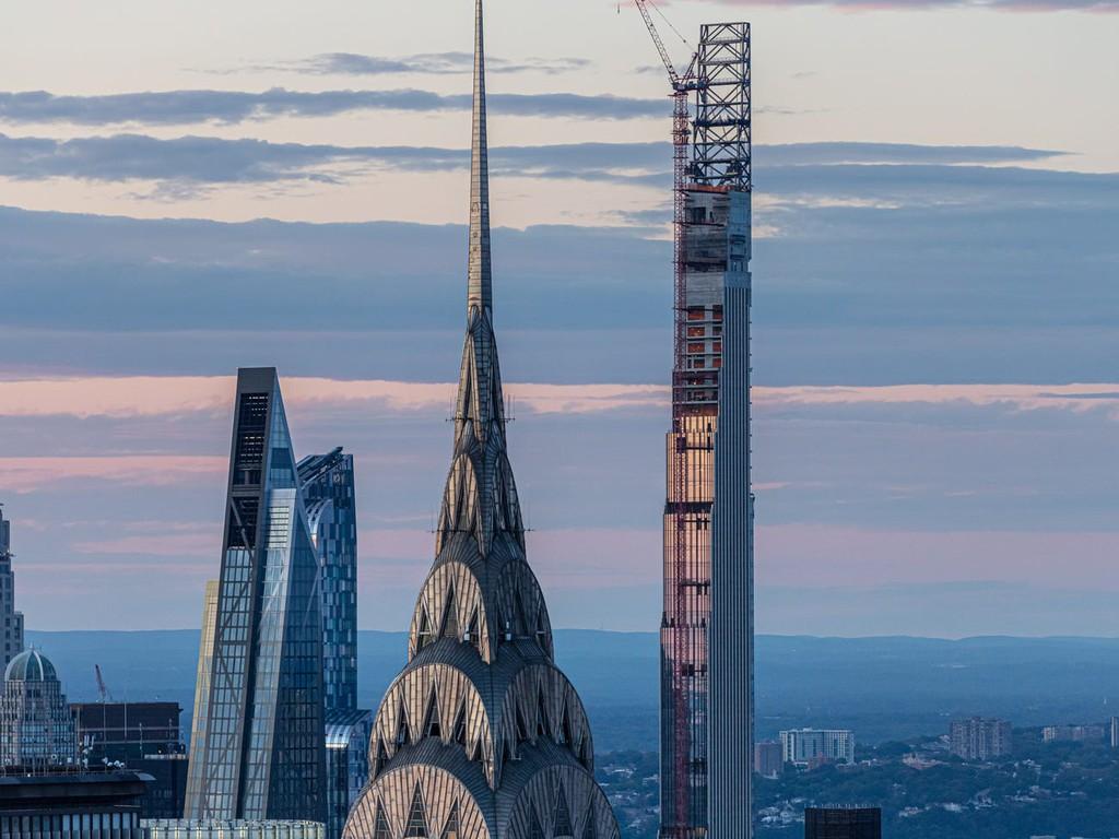 Bên trong cao ốc 435 m mỏng nhất thế giới - Ảnh 3