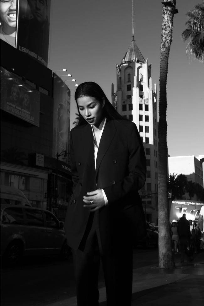 Hoa hậu Phạm Hương tiết lộ chồng sắp cưới không phải đại gia, chưa tổ chức lễ kết hôn vì phải chịu tang 3 năm - Ảnh 4
