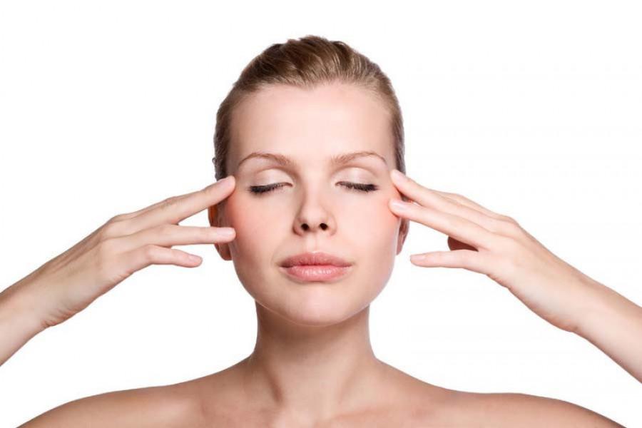 Ăn tết thả ga không lo mụn nhọt với các bước mát xa da mặt đơn giản lại hiệu quả - Ảnh 1