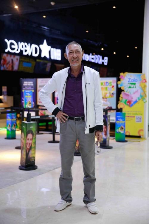 Đến thăm nghệ sĩ Lê Bình ngày cận Tết, Kiều Trinh tiết lộ tình trạng sức khỏe của đàn anh - Ảnh 6