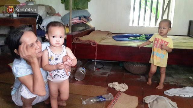 Tết buồn của cặp vợ chồng chênh lệch 43 tuổi ở Hà Nam: Không đào quất, không bánh chưng, 3 đứa con thơ phải mặc đồ cũ - Ảnh 9