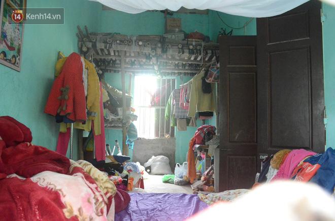 Tết buồn của cặp vợ chồng chênh lệch 43 tuổi ở Hà Nam: Không đào quất, không bánh chưng, 3 đứa con thơ phải mặc đồ cũ - Ảnh 6