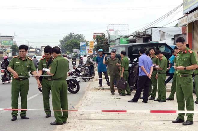 Thiếu niên 16 tuổi đâm chết người đàn ông ở Sài Gòn - Ảnh 1