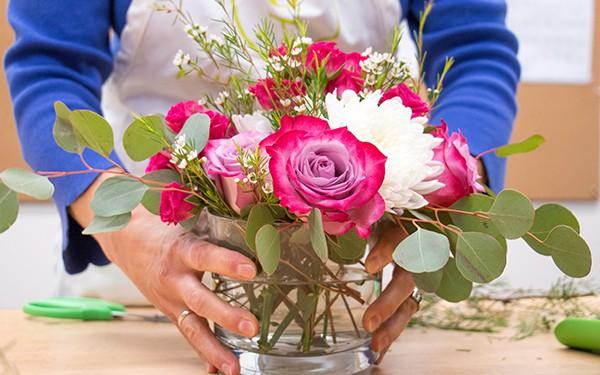 12 lời khuyên để tạo nên cách cắm hoa hoàn hảo đến từng chi tiết - Ảnh 9