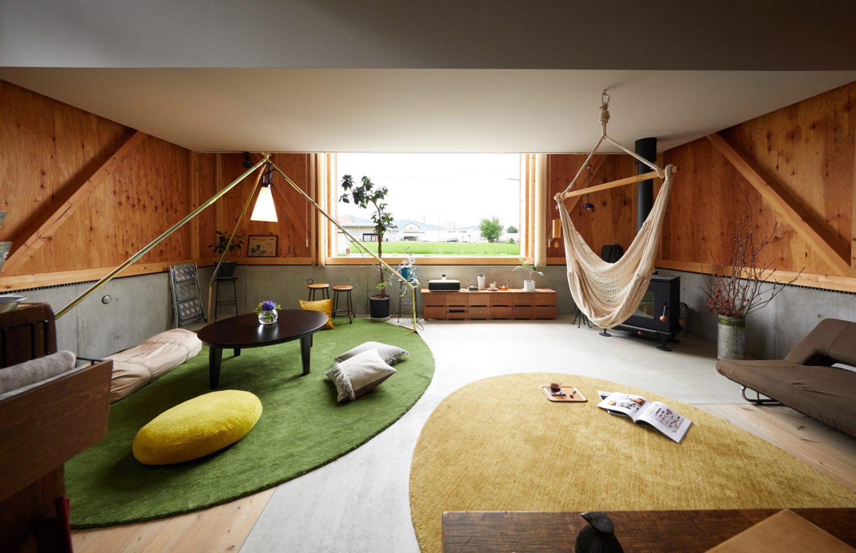 Ngôi nhà hai tầng bình yên với cánh cửa mở rộng đón nắng gió từ đồng lúa xanh tươi - Ảnh 4