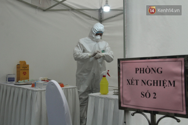 Thứ trưởng Bộ Y tế: Việt Nam đã phòng chống dịch thành công trong 2 giai đoạn và đang kiểm soát được giai đoạn 3 - Ảnh 2