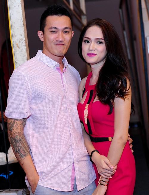 Dù đã chia tay nhưng Hoa hậu Hương Giang vẫn chu đáo hỏi thăm khi gia đình bạn trai cũ có chuyện buồn - Ảnh 2