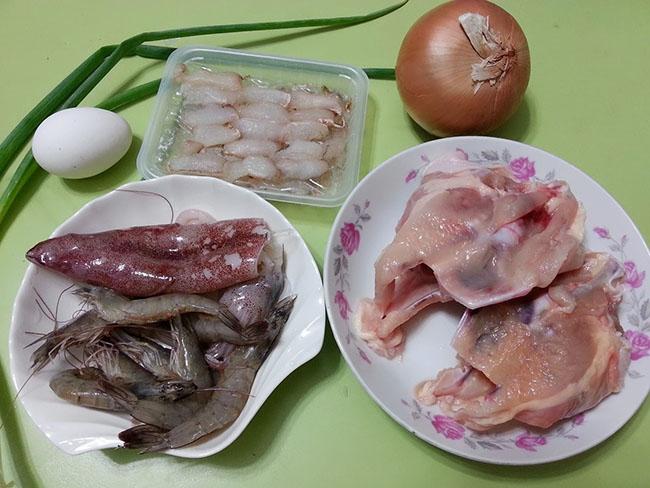 Đãi cả nhà súp hải sản thơm ngọt, bé chắc chắn sẽ thích mê - Ảnh 1