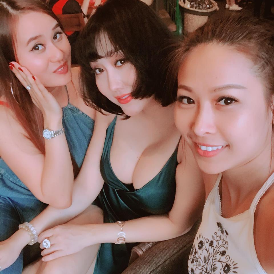 Tham khoe ngực khủng, Phi Thanh Vân khiến nhiều người 'phát hoảng' vì để lộ nội y phản cảm - Ảnh 2