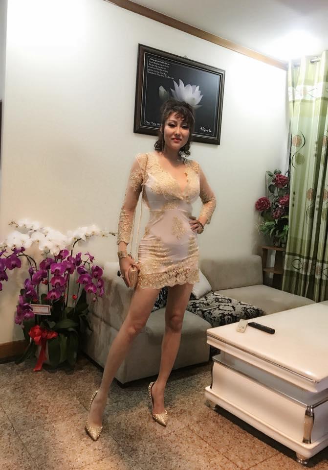 Tham khoe ngực khủng, Phi Thanh Vân khiến nhiều người 'phát hoảng' vì để lộ nội y phản cảm - Ảnh 5