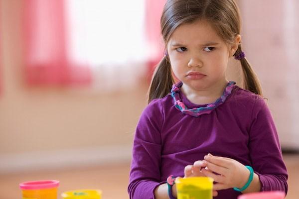 5 bí kíp thần thánh giúp trẻ nghe lời ngay từ đầu mà cha mẹ không cần la hét khản cổ - Ảnh 1
