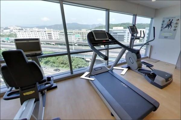 Choáng với nơi ở cữ siêu cao cấp của Lưu Thi Thi sau sinh, hiện đại như khách sạn 5 sao - Ảnh 7