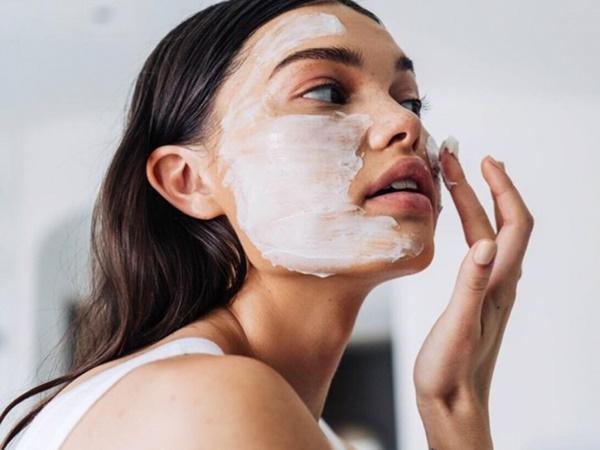 Gợi ý cách giúp bạn gái luôn giữ được làn da và cơ thể mịn màng - Ảnh 2