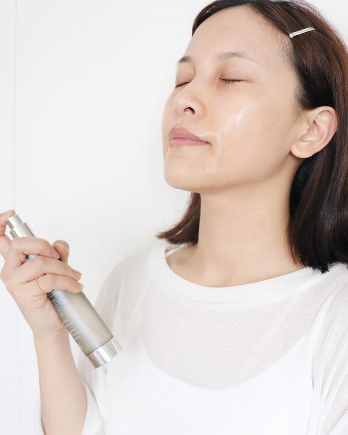 Skincare ngày trời ẩm: 4 lời khuyên của chuyên gia ứng với từng tình trạng da, trong đó có 1 mẹo sẽ khiến bạn ngạc nhiên - Ảnh 4